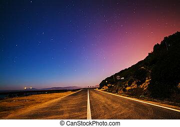 estrada rural, ligado, um, estrelado, noturna