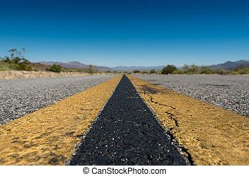 estremo, angolo basso, di, deserto, strada