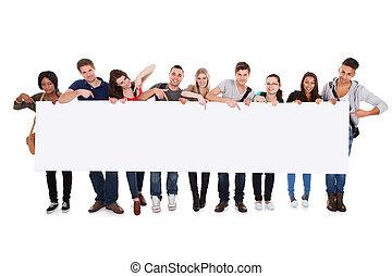estudantes, billboard, faculdade, exibindo, em branco
