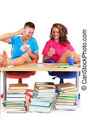estudantes, cartões, tocando