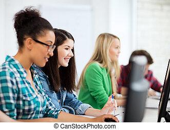 estudantes, com, computadores, estudar, em, escola