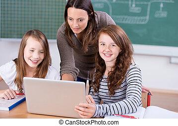 estudantes, com, laptop