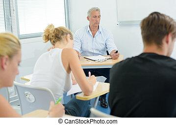 estudantes, durante, exame
