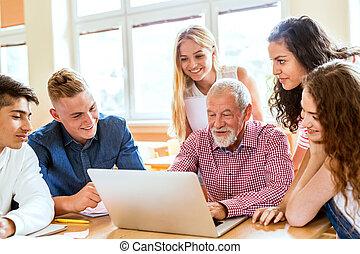 estudantes, escola secundária, laptop., professor