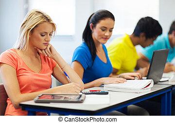 estudantes, estudar, universidade