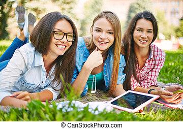 estudantes, femininas