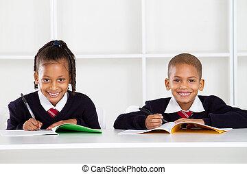 estudantes, retrato, primário, feliz