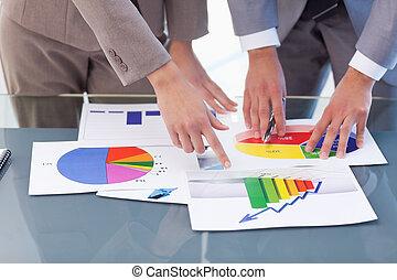 estudar, mãos, estatísticas, pessoas negócio