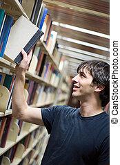 estudiante, en, el, biblioteca