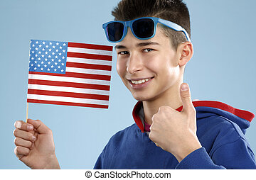 estudiante, joven, bandera, adolescente, tenencia, sonriente, macho