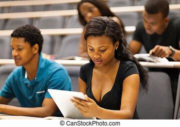 estudiantes, colegio, vestíbulo, dictar una conferencia