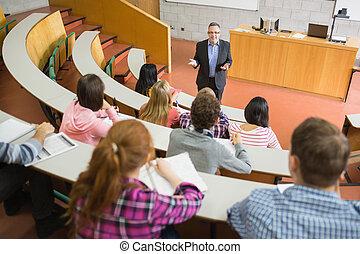 estudiantes, elegante, profesor, vestíbulo, conferencia