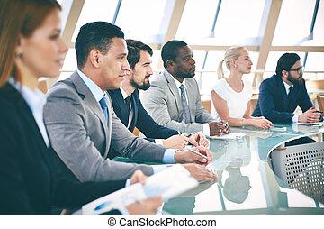 estudiantes, empresa / negocio