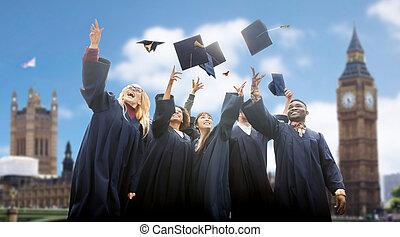 estudiantes, lanzamiento, birretes, Arriba, feliz