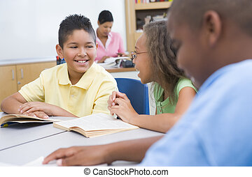 estudiantes, profesor, plano de fondo, focus), (selective, ...