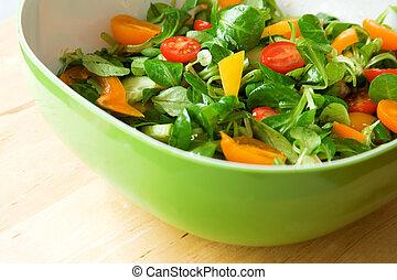 eszik, healthy!, friss növényi, saláta, szervál, alatt, egy, zöld saláta, tál
