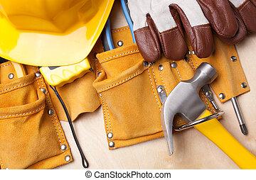 eszközök, dolgozó