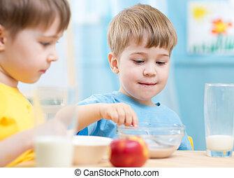 eten, gezonde , kinderen, kleuterschool, voedingsmiddelen, thuis, of