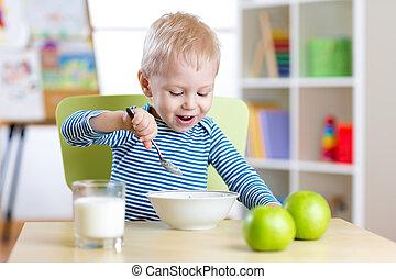 eten, gezonde , kleuterschool, voedingsmiddelen, thuis, of, geitje