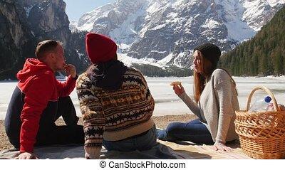 eten, mensen zittende, jonge, kust, traveling., sandwiches