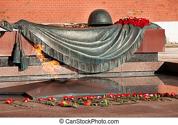 Tomb of the Unknown Soldier In Moscow - Eternal Flame And ...