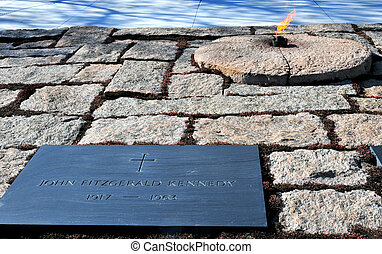 Eternal Flame - The eternal Flame at John F. Kennedy grave...