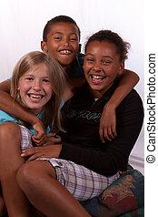 ethnicities, tre børn, blandet, le, morskab, portræt, har