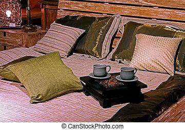 Etno bedding