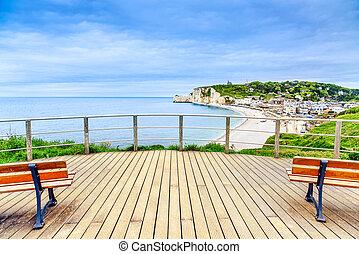 etretat, 발코니, 파노라마, france., 경계표, village., 보이는 상태, 바닷가,...