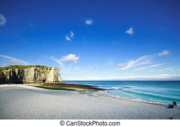 etretat, aval, penhasco, marco, e, praia., normandy, france.