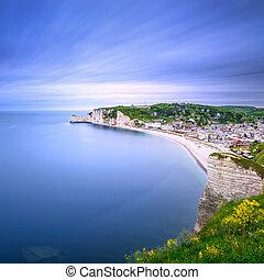 etretat, village., antennen beskådar, från, den, cliff., normandie, france.