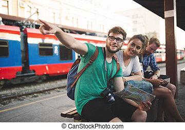 europa, grupo, amigos, viajar