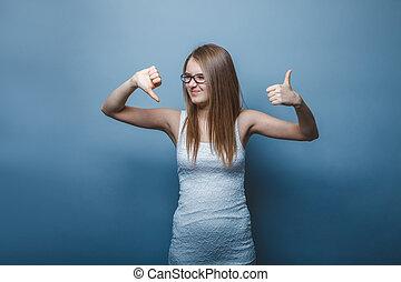 european-looking, meisje, van, twintig, jaren, beduimelt omhoog, beduimelt neer, op