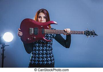 european-looking, meisje, van, twintig, jaren, vasthouden, een, gitaar, in, zijn, ha