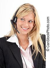Eva beglückt - Junge Frau freut sich am Headset