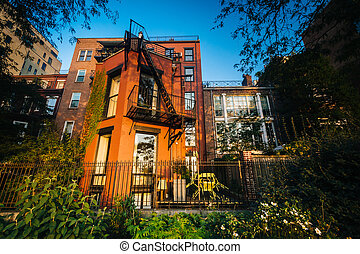 Evening light on buildings in Brooklyn Heights, Brooklyn, New York.