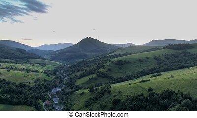 evening., schietende , drone., carpathians