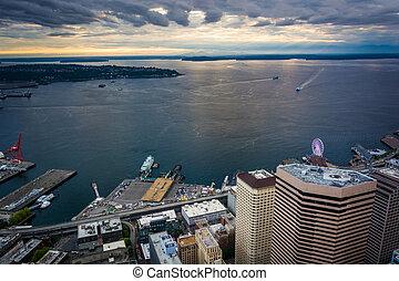 Evening view of Elliott Bay, in Seattle, Washington.