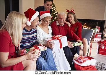 everybody, čekání, jeho, dar