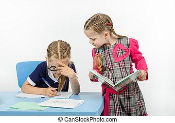 exécuter, école, tâche, filles, deux
