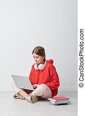 exécuter, ordinateur portable, ligne, tâche