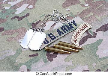 exército, aerotransportado, aba, bandeira, remendo, com, tag cão, e, 5.56, mm, círculos, ligado, camuflagem, uniforme