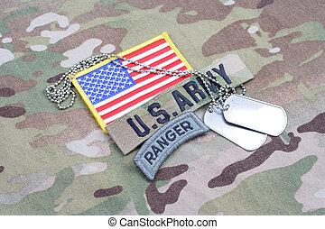 exército, guarda-florestal, aba, bandeira, remendo, com, tag cão, ligado, camuflagem, uniforme