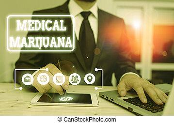 examinando, médico, showcasing, escrita, marijuana., foto, mostrando, recomendado, condition., tratamento, nota, negócio