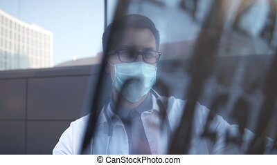 Examination and diagnosis by computed tomography CT scan of lung diseases such as pneumonia, tubeculosis, bronchitis and covid 19. The doctor looks at the chest X-ray cardiopulmonary ailments.