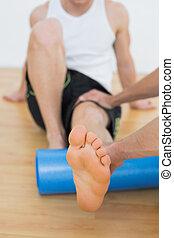 examiner, équipe, jambe, jeune, thérapeute, physique