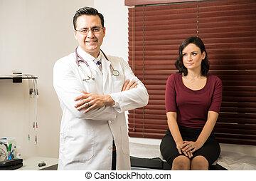 examiner, beau, patient, docteur