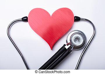 examiner, coeur rouge, à, stéthoscope