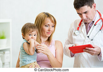 examiner, docteur, pédiatre, tenue, mère, child., baby.