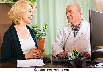 examiner, docteur, patient, femme, mûrir, mâle